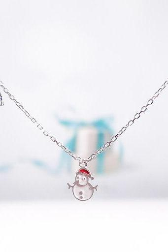 Snowman Necklace, Winter Jewelry, Holiday gift, Cute Funny Christmas Necklace, Hat Necklace, Mitten Necklace, Winter Look