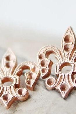 Summ fleur de lis earrings, vintage brass, sterling silver posts studs , copper rust delicate