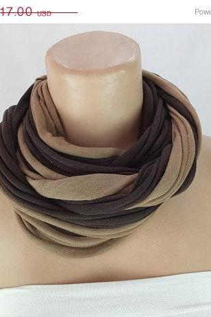 Brown and taupe Infinity Scarf, Long ring scarf, Fabric Necklace, Scarf necklace, Gift ideas for her , Chunky tshirt scarf