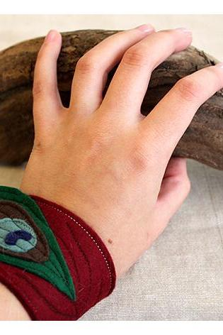 Felt Cuff Red Peacock - Dark Red Wrist Warmers, Bracelet, Embroidered with a Peacock Feather