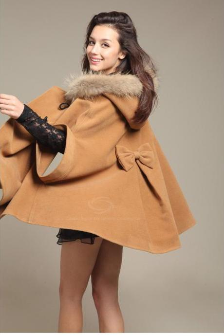 Loose-Fitted Woolen Coat Fur Embellished Hooded Dolman Sleeves