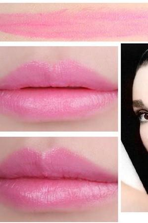 Sale Light Pink Waterproof Daily Candy Sweet Color Lipstick Long Lasting Matte Smooth Moisturized Glitter Honey lipstick Cosmetic Lip Gloss Sweet Girl Makeup Lipstick Gift for Her