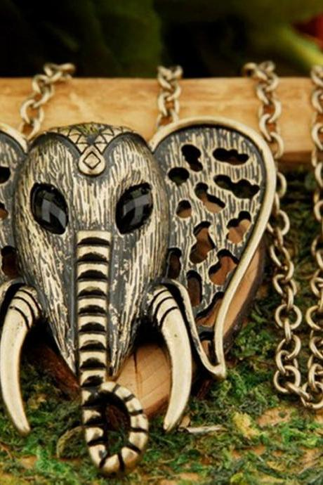 Beautiful Elephant pendant necklace BZ6