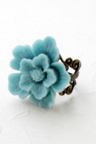 Baby Blue Flower Cabochon Ring - Flower Ring - Vintage Ring