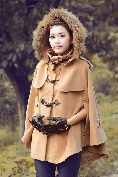 Chic Hooded Winter Coat In Camel