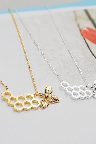 Honeycomb and Bee Necklace, Beehive Neckalce, Gold Geometric Neckalce, Nature Neckalce