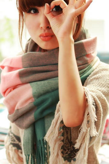 Wholesale 2014 new winter Korean long Plaid Scarf Shawl knitted scarf ladies lovers