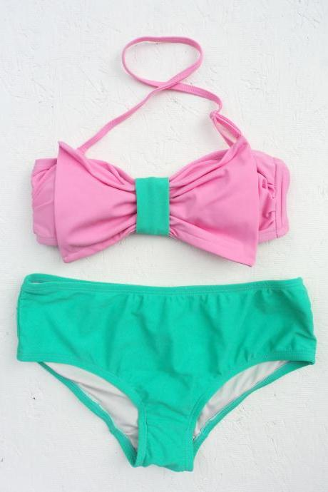 ON SALE!! Beautiful, Fun & Pretty Two Pieces // contrasted colour // bow top with Medium waist bottom