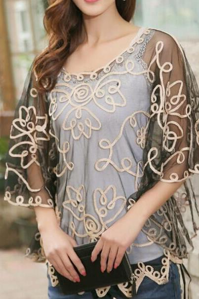 Perspective Lace Flowers Blouse