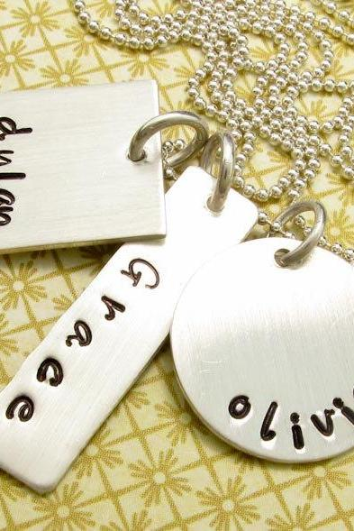 Personalized jewelry charm necklace engraved jewellery