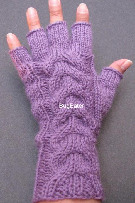 Lilac Cable Knit Wool Gloves