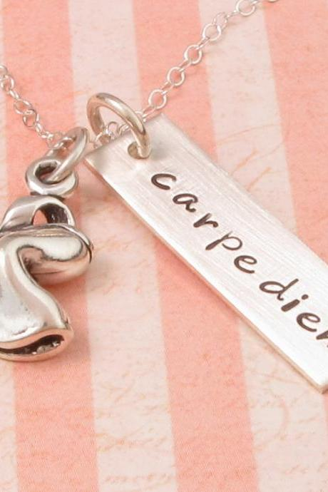 Silver necklace: engraved name tag with fortune cookie