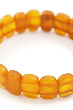 Amber bracelet Natural Heated 100 % antique color of Baltic amber. Healing amber, polished. 0714