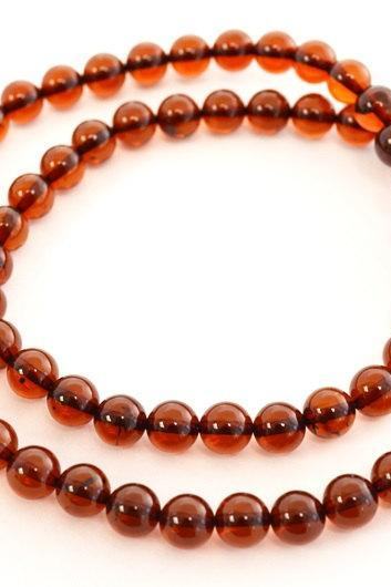 7 mm rounded cherry Baltic amber necklace with polished amber REE6