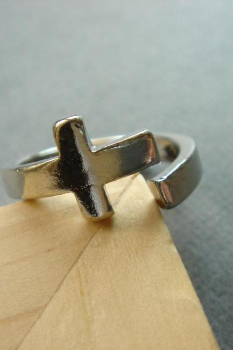 Silver Plated Sideways Cross Ring Size 6.5