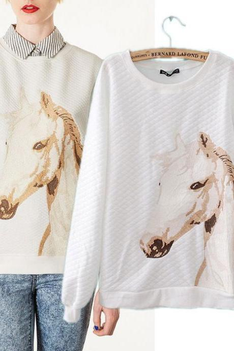 Nice White Embroidery Horsehead Printed Cotton Sweaters