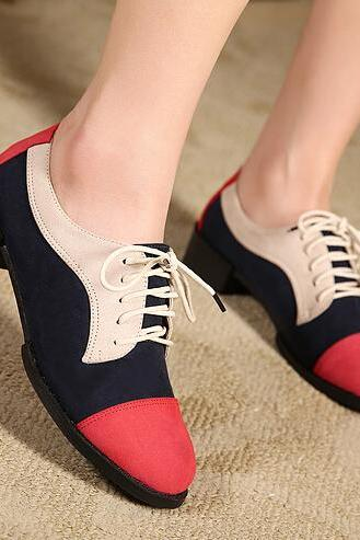 Lace Up Round Toe Mid Heel Oxford Shoes