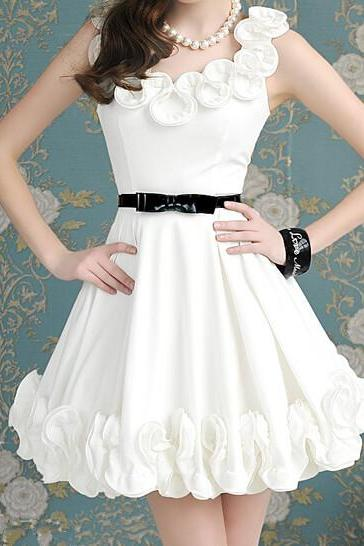 White Flowers Sleeveless Dress 050834