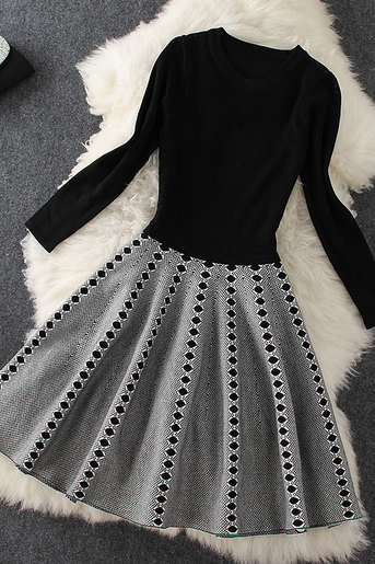 Black long sleeve knit stitching Diamond Dress