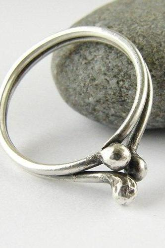 Sterling silver ring - Three buds - size 5 1/2