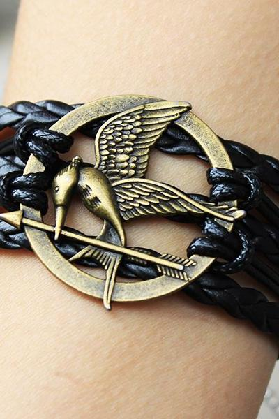 Mockingjay pin bracelet,Black,leather bracelet,Hunger games bracelet,hipster jewelry,Fashion charm bracelet,Braided Bracelet,catching fire bracelet
