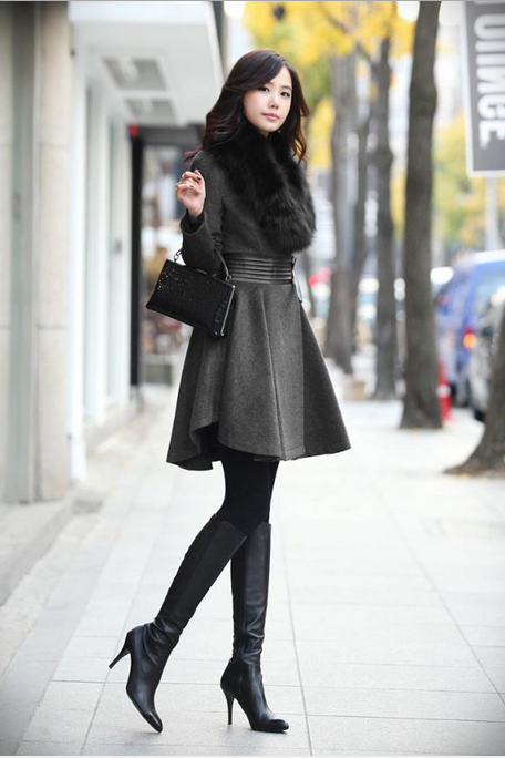 Women's new autumn and winter installed black classic fur collar pleated leather waist wool coat