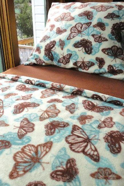 Chilldrens Fleece Blanket Set 'Butterfly Dreams' for Girls Fits Crib & Toddler Beds