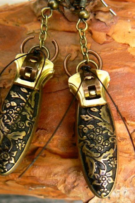 Steampunk Earrings - Zipper Earrings - Dangle Earrings - Beetle Earrings