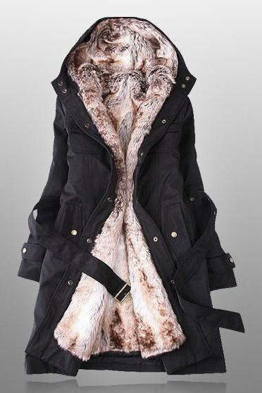 Black Parka With Faux Fur Inner VG05