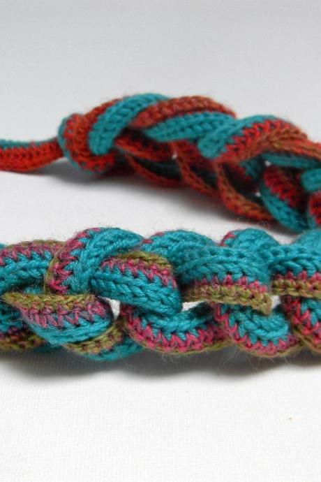 Blue green and mixed colors knitted and crocheted wool yarn necklace, knotted chain necklace, coral red, olive green, fuchsia