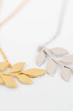 Everyday Women's Gift Jewelery Leaf Pendant