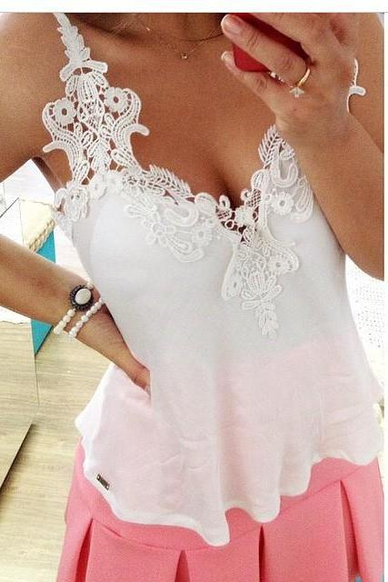 V-neck sleeveless white lace chiffon blouse