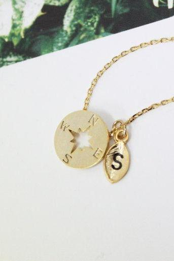 Personalized Initial Compss Necklace, Gold Compss Necklace, initial jewelry, Nautical Jewelry