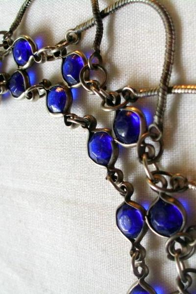 blue glass and chain, vintage necklace
