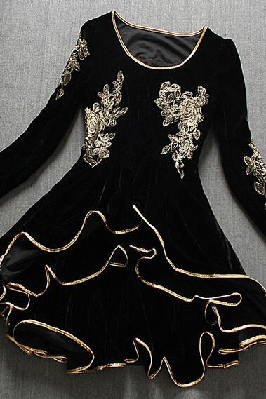 Phnom Penh Embroidered Long-Sleeved Dress