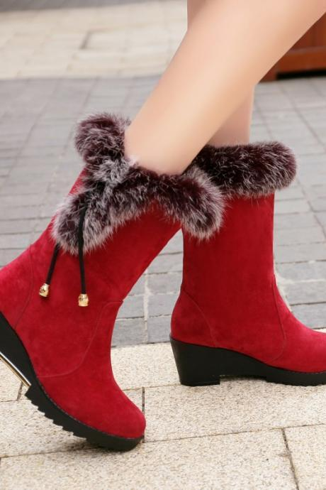 Faux Fur Design Winter Boots in Red and Black