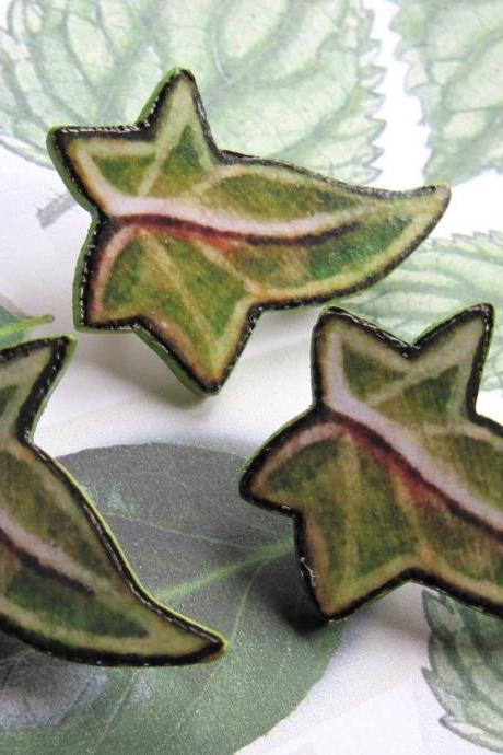 Elven Ivy Leaf Brooch - wooden art badge - pyrography, decoupage