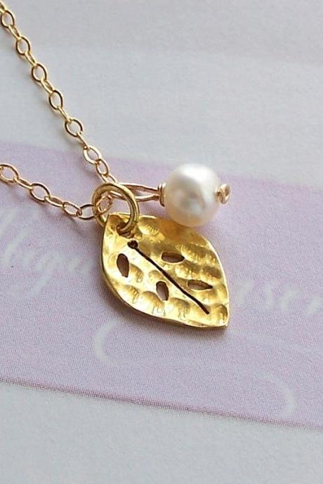 Gold Leaf Necklace, Leaf Pendant, 14k Gold Filled Chain, Genuine Freshwater Pearl, Bridesmaids Gifts