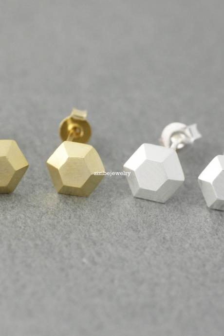 3D Tiny Hexagon stud Earrings in gold / silver, E0392G