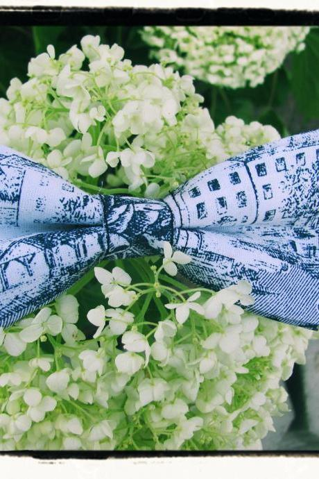 Unique pattern Bowtie