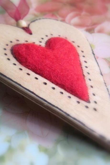 Queen of Hearts - needle felted hanging wood heart