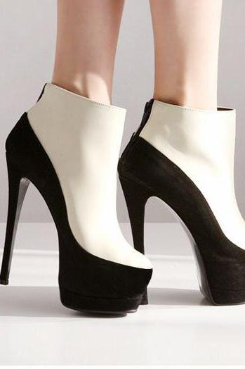Gorgeous Black And White High Heels Fashion Boots