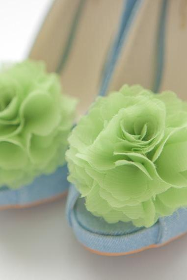 1 pair (Set of 2) Light green(Lime green) Chiffon flower shoe clips for bridal wedding /Choose your color