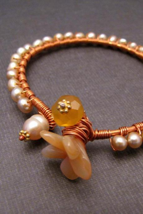 Peachy Pearl Bangle in Copper