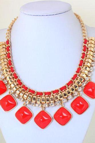 Evening chain red statement resin trendy woman necklace