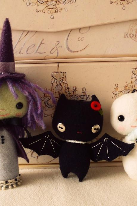 Halloweenie Ornament pdf Patterns