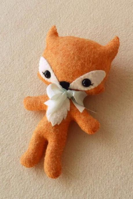 Tag-Along Fox pdf Pattern