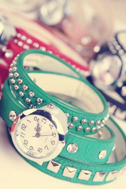 Leather green Rhinestone Woman Watch