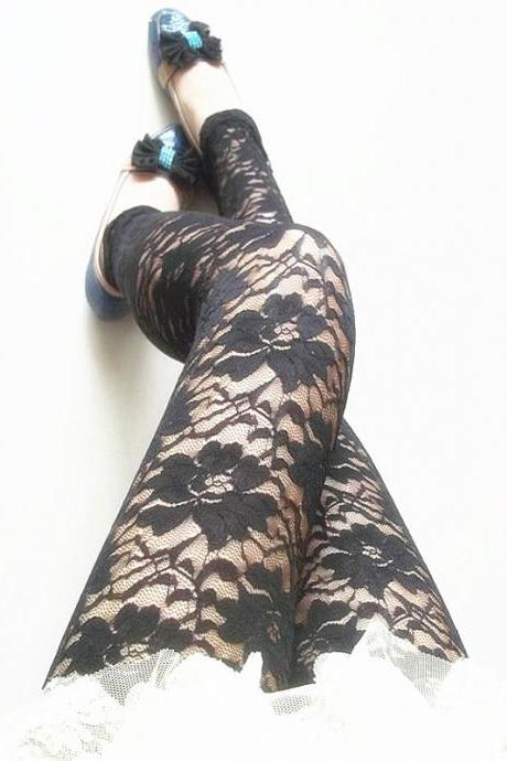 Fashion Sexy Flower With Lace Carved Leggings