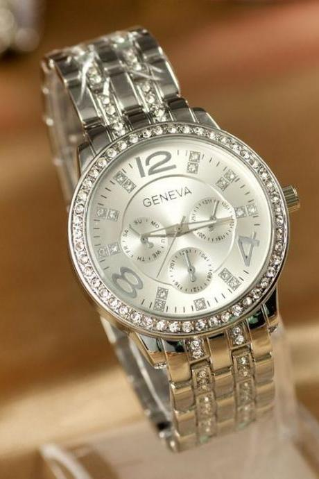Woman silver color Steel Watch With Rhinestones